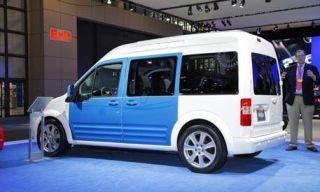 Motor vehicle, Wheel, Tire, Mode of transport, Transport, Window, Automotive design, Vehicle, Automotive tire, Rim,