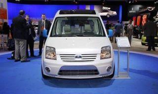 Motor vehicle, Mode of transport, Automotive design, Blue, Product, Transport, People, Vehicle, Automotive mirror, Property,