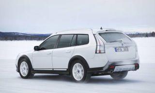 Motor vehicle, Tire, Wheel, Mode of transport, Automotive tire, Automotive design, Transport, Vehicle, Land vehicle, Rim,