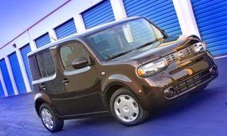 Motor vehicle, Tire, Mode of transport, Automotive design, Transport, Vehicle, Automotive mirror, Automotive parking light, Automotive tire, Car,