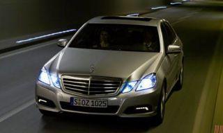 Motor vehicle, Mode of transport, Automotive design, Automotive mirror, Transport, Vehicle, Automotive lighting, Glass, Land vehicle, Automotive exterior,