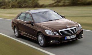 Tire, Motor vehicle, Wheel, Mode of transport, Automotive design, Road, Vehicle, Transport, Land vehicle, Hood,