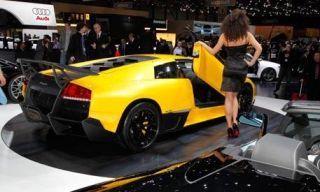 Clothing, Motor vehicle, Tire, Mode of transport, Automotive design, Yellow, Transport, Vehicle, Photograph, Car,