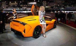 Motor vehicle, Tire, Mode of transport, Automotive design, Yellow, Vehicle, Transport, Photograph, Automotive lighting, Car,