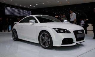 Tire, Wheel, Automotive design, Vehicle, Alloy wheel, Car, White, Hood, Personal luxury car, Rim,