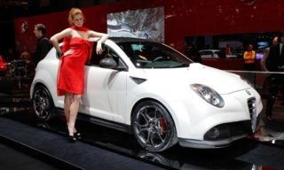 Motor vehicle, Tire, Automotive design, Mode of transport, Vehicle, Event, Land vehicle, Automotive lighting, Dress, Car,