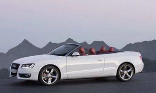 Tire, Wheel, Motor vehicle, Automotive mirror, Mode of transport, Automotive design, Vehicle, Transport, Hood, Alloy wheel,