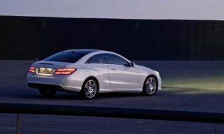 Tire, Mode of transport, Automotive design, Vehicle, Alloy wheel, Rim, Automotive lighting, Spoke, Car, Automotive mirror,