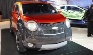 Motor vehicle, Tire, Automotive mirror, Mode of transport, Automotive design, Vehicle, Transport, Land vehicle, Car, Automotive lighting,