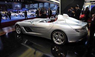 Clothing, Tire, Wheel, Mode of transport, Automotive design, Vehicle, Land vehicle, Transport, Car, Photograph,