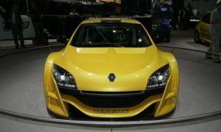 Motor vehicle, Automotive mirror, Mode of transport, Automotive design, Transport, Vehicle, Yellow, Land vehicle, Hood, Car,