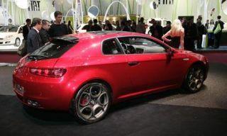 Tire, Wheel, Automotive design, Vehicle, Land vehicle, Car, Alloy wheel, Photograph, Red, Rim,