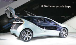 Motor vehicle, Wheel, Mode of transport, Automotive design, Automotive mirror, Transport, Product, Vehicle, Vehicle door, Automotive exterior,