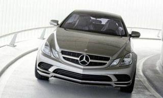 Motor vehicle, Mode of transport, Automotive mirror, Automotive design, Vehicle, Automotive exterior, Glass, Automotive lighting, Grille, Hood,