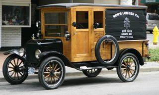 Mode of transport, Transport, Automotive design, Photograph, Rim, Classic, Fender, Spoke, Black, Classic car,