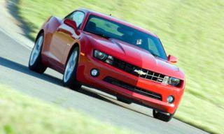 Tire, Automotive design, Vehicle, Land vehicle, Hood, Automotive lighting, Automotive exterior, Headlamp, Transport, Car,