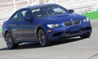 Tire, Wheel, Mode of transport, Automotive design, Automotive mirror, Vehicle, Hood, Automotive tire, Rim, Automotive exterior,