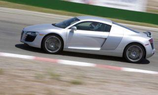 Tire, Wheel, Mode of transport, Automotive design, Alloy wheel, Vehicle, Automotive tire, Transport, Land vehicle, Rim,