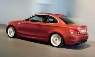 Motor vehicle, Tire, Wheel, Mode of transport, Automotive design, Product, Vehicle, Transport, Automotive lighting, Automotive mirror,
