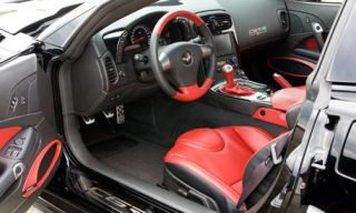Motor vehicle, Mode of transport, Steering part, Product, Automotive design, Steering wheel, Vehicle, White, Car, Center console,