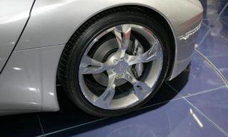 Motor vehicle, Tire, Wheel, Automotive tire, Automotive design, Alloy wheel, Automotive exterior, Rim, Automotive wheel system, Spoke,