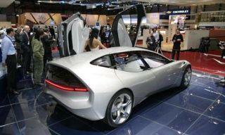 Motor vehicle, Tire, Mode of transport, Automotive design, People, Transport, Product, Vehicle, Event, Concept car,