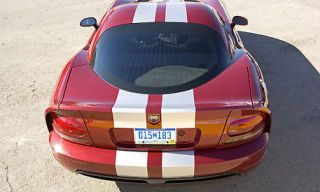 Motor vehicle, Mode of transport, Automotive design, Automotive tail & brake light, Automotive exterior, Vehicle, Land vehicle, Automotive parking light, Transport, Car,