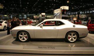 Tire, Wheel, Motor vehicle, Mode of transport, Automotive design, Land vehicle, Vehicle, Transport, Alloy wheel, Automotive tire,