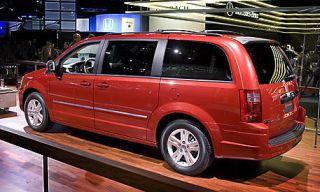 Tire, Wheel, Motor vehicle, Automotive design, Vehicle, Transport, Automotive tire, Rim, Car, Automotive tail & brake light,