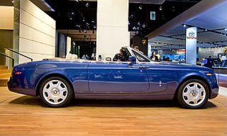 Tire, Wheel, Mode of transport, Vehicle, Automotive design, Transport, Land vehicle, Car, Photograph, Convertible,