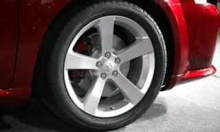 Tire, Wheel, Automotive tire, Alloy wheel, Automotive design, Automotive wheel system, Vehicle, Rim, Spoke, Automotive exterior,