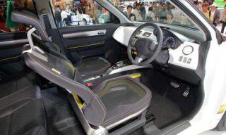 Motor vehicle, Mode of transport, Steering part, Automotive mirror, Vehicle, Transport, Steering wheel, Car, Car seat, Vehicle door,