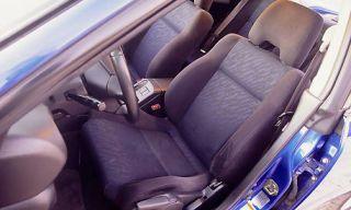 Motor vehicle, Mode of transport, Transport, Vehicle, Car seat, Vehicle door, Car seat cover, Steering part, Fixture, Head restraint,