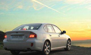 Tire, Motor vehicle, Wheel, Mode of transport, Automotive design, Automotive mirror, Automotive tail & brake light, Vehicle, Vehicle registration plate, Land vehicle,
