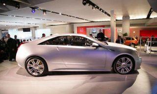 Wheel, Tire, Mode of transport, Automotive design, Transport, Vehicle, Land vehicle, Car, Alloy wheel, Rim,