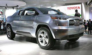 Tire, Wheel, Motor vehicle, Automotive design, Mode of transport, Product, Vehicle, Land vehicle, Event, Automotive tire,