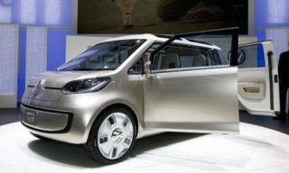 Motor vehicle, Mode of transport, Automotive design, Automotive mirror, Vehicle, Transport, Vehicle door, Rim, Alloy wheel, Automotive exterior,