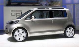 Tire, Wheel, Motor vehicle, Mode of transport, Automotive design, Automotive mirror, Automotive tire, Alloy wheel, Automotive exterior, Vehicle,