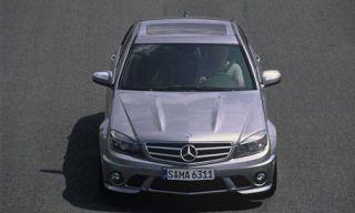 Motor vehicle, Mode of transport, Automotive design, Automotive exterior, Transport, Vehicle, Hood, Grille, Headlamp, Car,