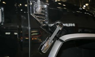 Mode of transport, Photograph, Automotive exterior, Fender, Glass, Black, Snapshot, Metal, Bicycle accessory, Automotive window part,