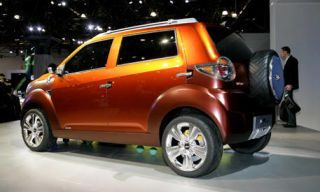 Tire, Motor vehicle, Wheel, Mode of transport, Automotive design, Vehicle, Product, Automotive tire, Land vehicle, Transport,