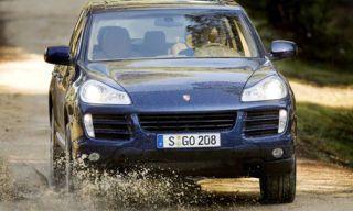 Nature, Mode of transport, Automotive design, Vehicle, Land vehicle, Hood, Headlamp, Grille, Automotive exterior, Car,