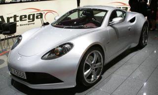 Tire, Motor vehicle, Wheel, Mode of transport, Automotive design, Vehicle, Headlamp, Transport, Automotive lighting, Rim,