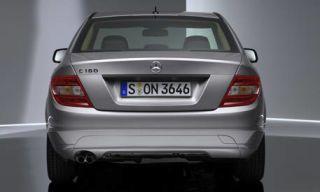 Mode of transport, Automotive design, Automotive exterior, Vehicle, Automotive lighting, Automotive tail & brake light, Car, Glass, Mercedes-benz, Luxury vehicle,