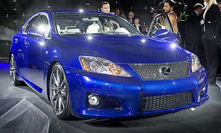 Motor vehicle, Mode of transport, Blue, Automotive design, Vehicle, Land vehicle, Automotive lighting, Headlamp, Hood, Car,