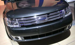Motor vehicle, Product, Daytime, Vehicle, Grille, Transport, Car, Photograph, Headlamp, Hood,