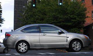 Tire, Wheel, Mode of transport, Alloy wheel, Automotive design, Vehicle, Land vehicle, Rim, Automotive mirror, Car,