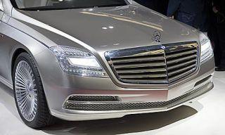 Motor vehicle, Mode of transport, Automotive design, Vehicle, Land vehicle, Grille, Transport, Automotive exterior, Hood, Car,
