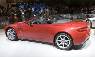 Tire, Wheel, Mode of transport, Automotive design, Vehicle, Alloy wheel, Transport, Photograph, Car, Red,