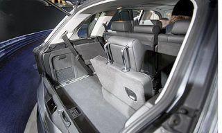 Motor vehicle, Mode of transport, Automotive design, Vehicle, Car, Trunk, Automotive exterior, Glass, Vehicle door, Personal luxury car,
